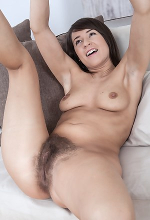 Girls Solo Porn Pictures