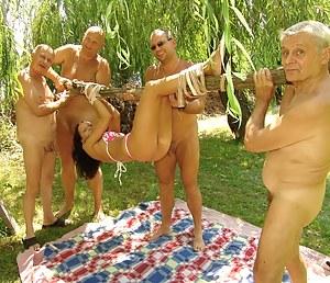 Girls Bondage Porn Pictures